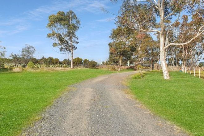Picture of LITTLE RIVER VIC 3211
