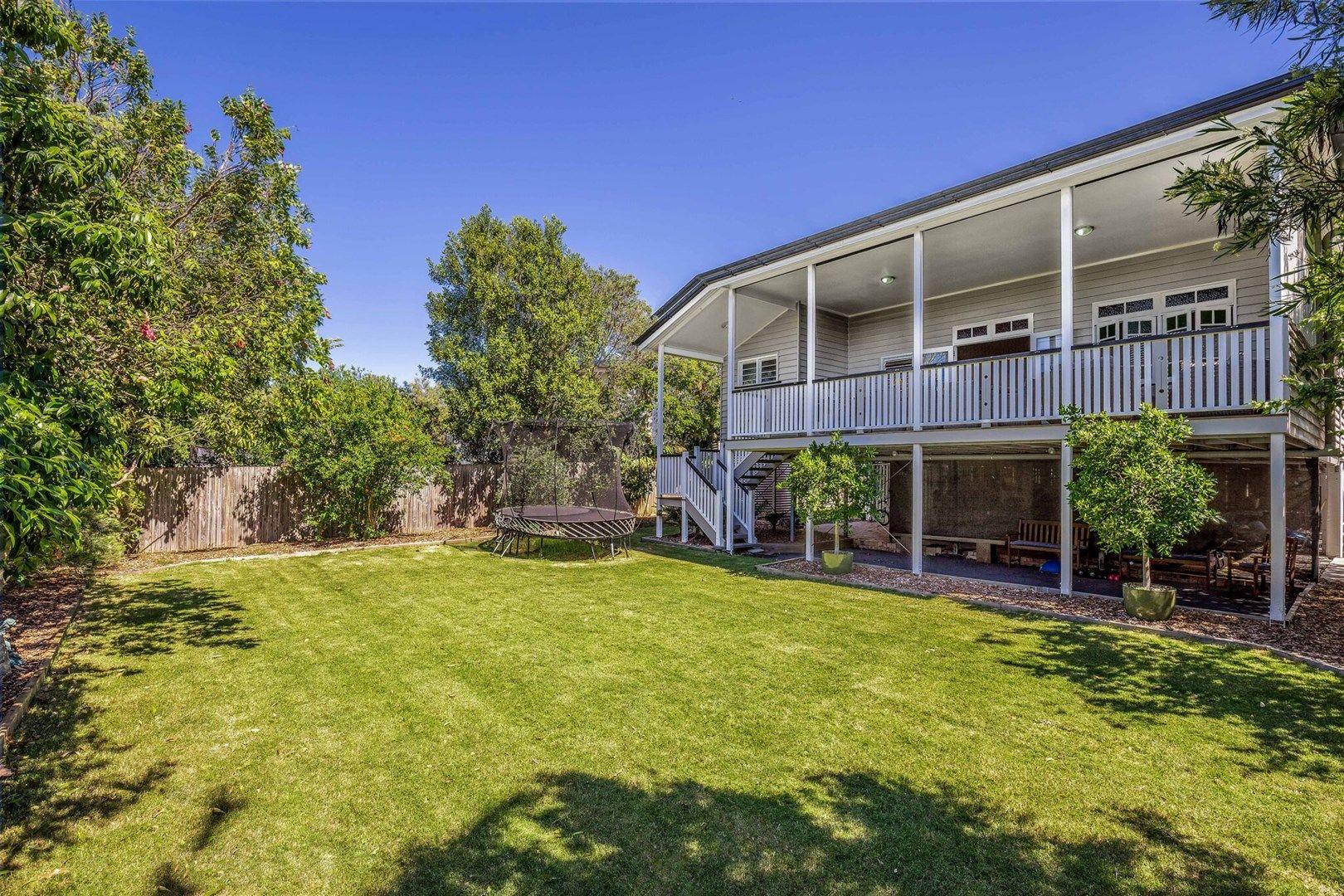 12 Carlton  Terrace, Wynnum QLD 4178, Image 0