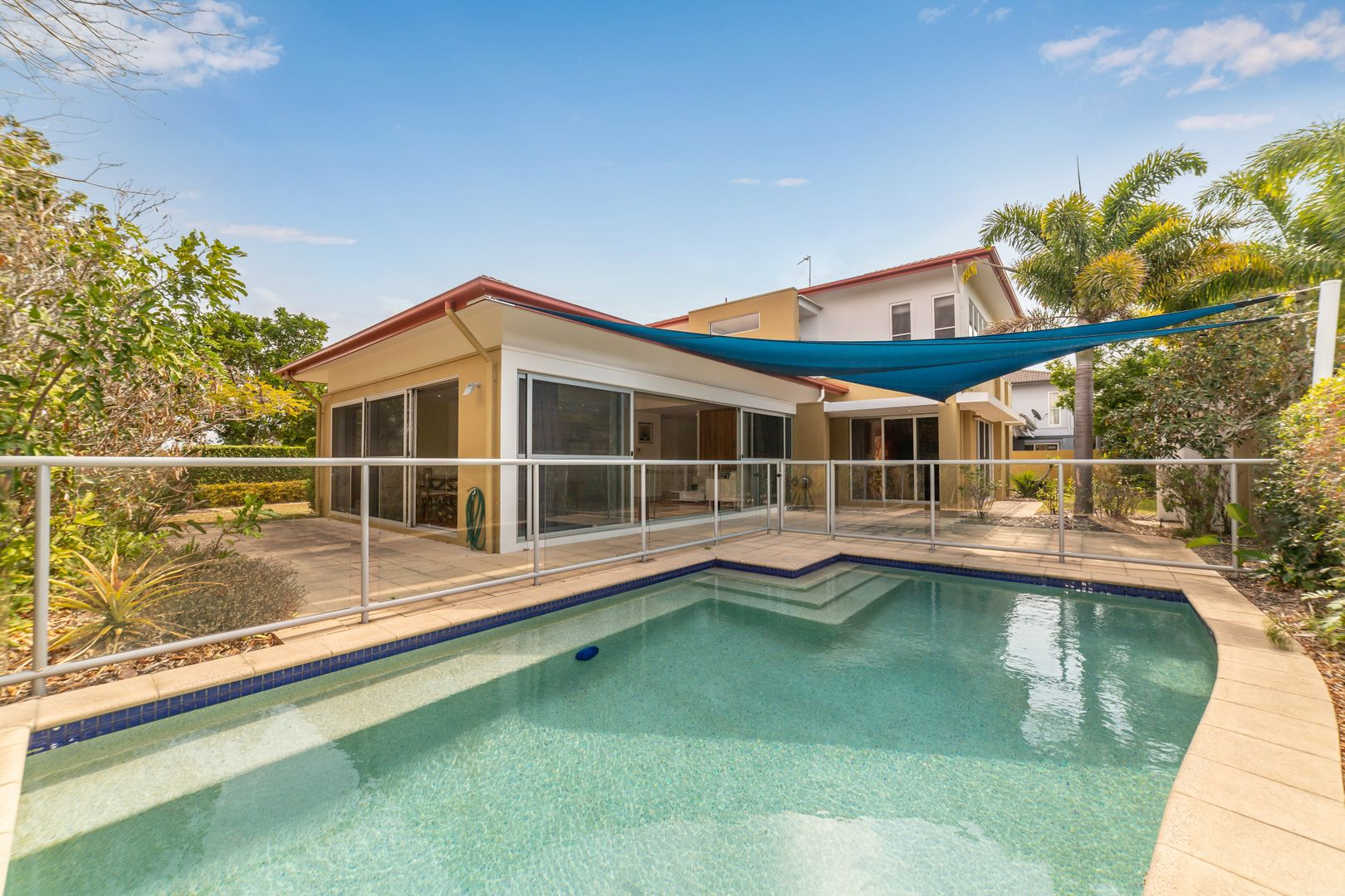 39 Serenity Boulevard, Helensvale QLD 4212, Image 2