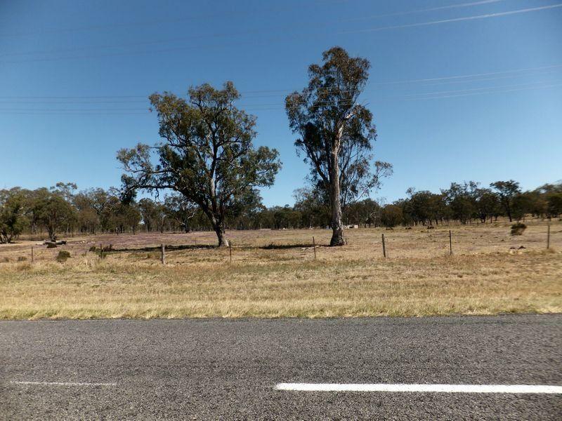 Leyburn Cunningham Road, Pratten QLD 4370, Image 2