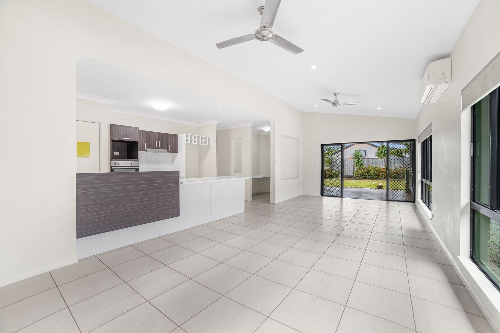26 Landsborough Drive, Smithfield QLD 4878, Image 2