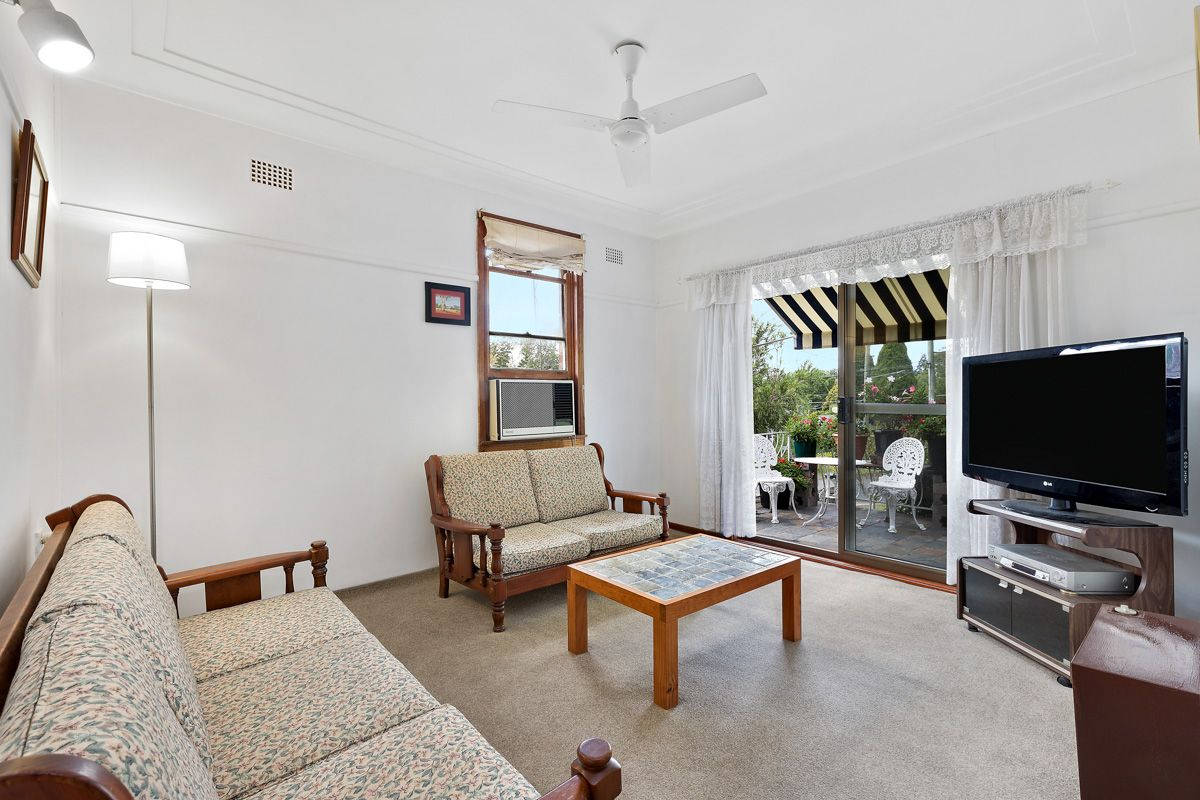 16 Keats Road, Turramurra NSW 2074, Image 2
