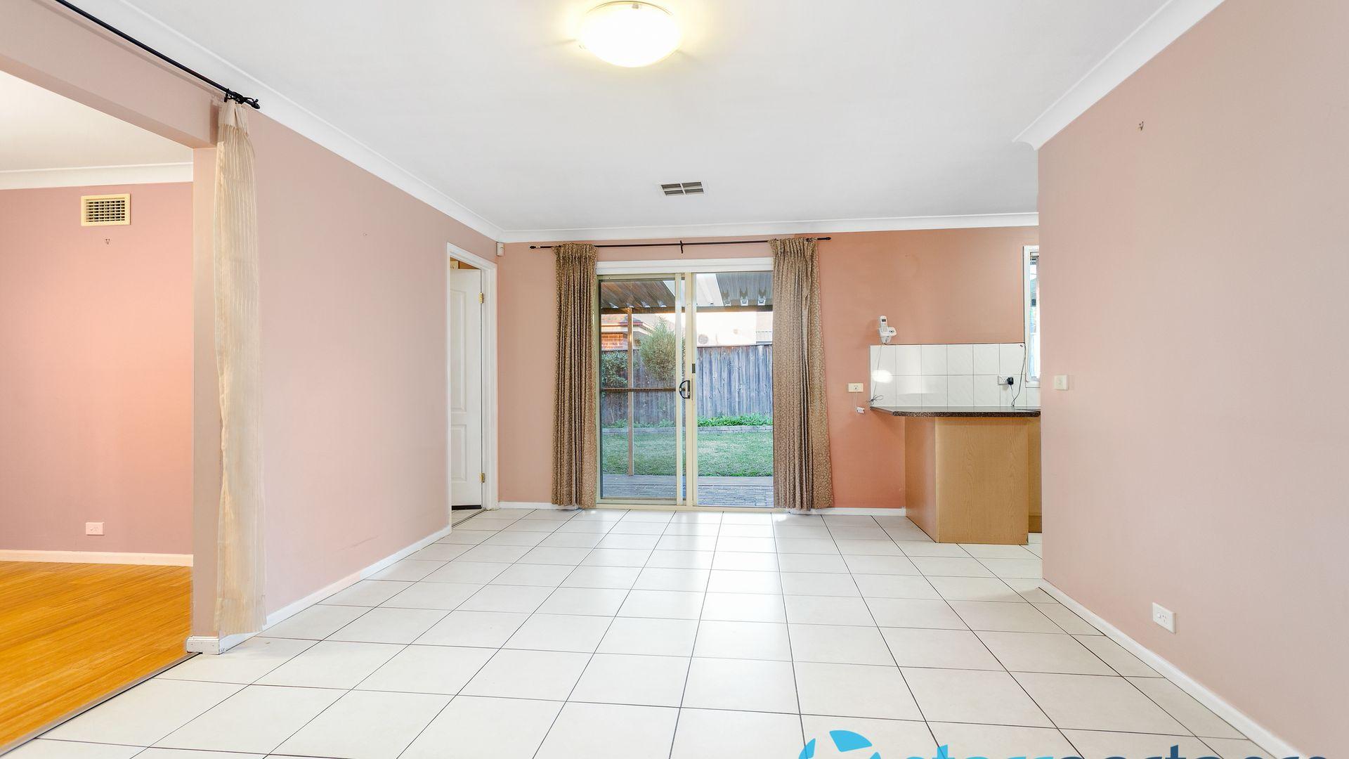 9 Keturah Close, Glenwood NSW 2768, Image 2