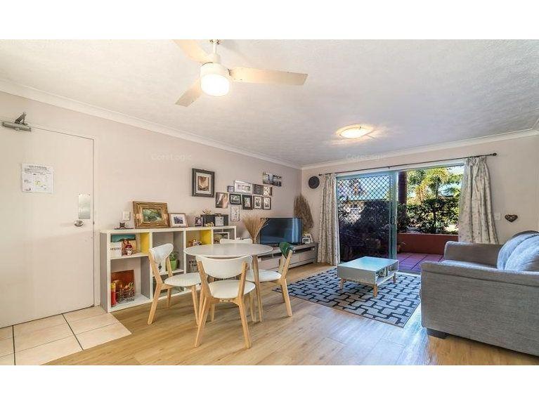 2/12 Gillian Lane, Southport QLD 4215, Image 2
