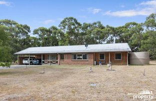 Picture of 7 Campbell Crescent, Enfield VIC 3352