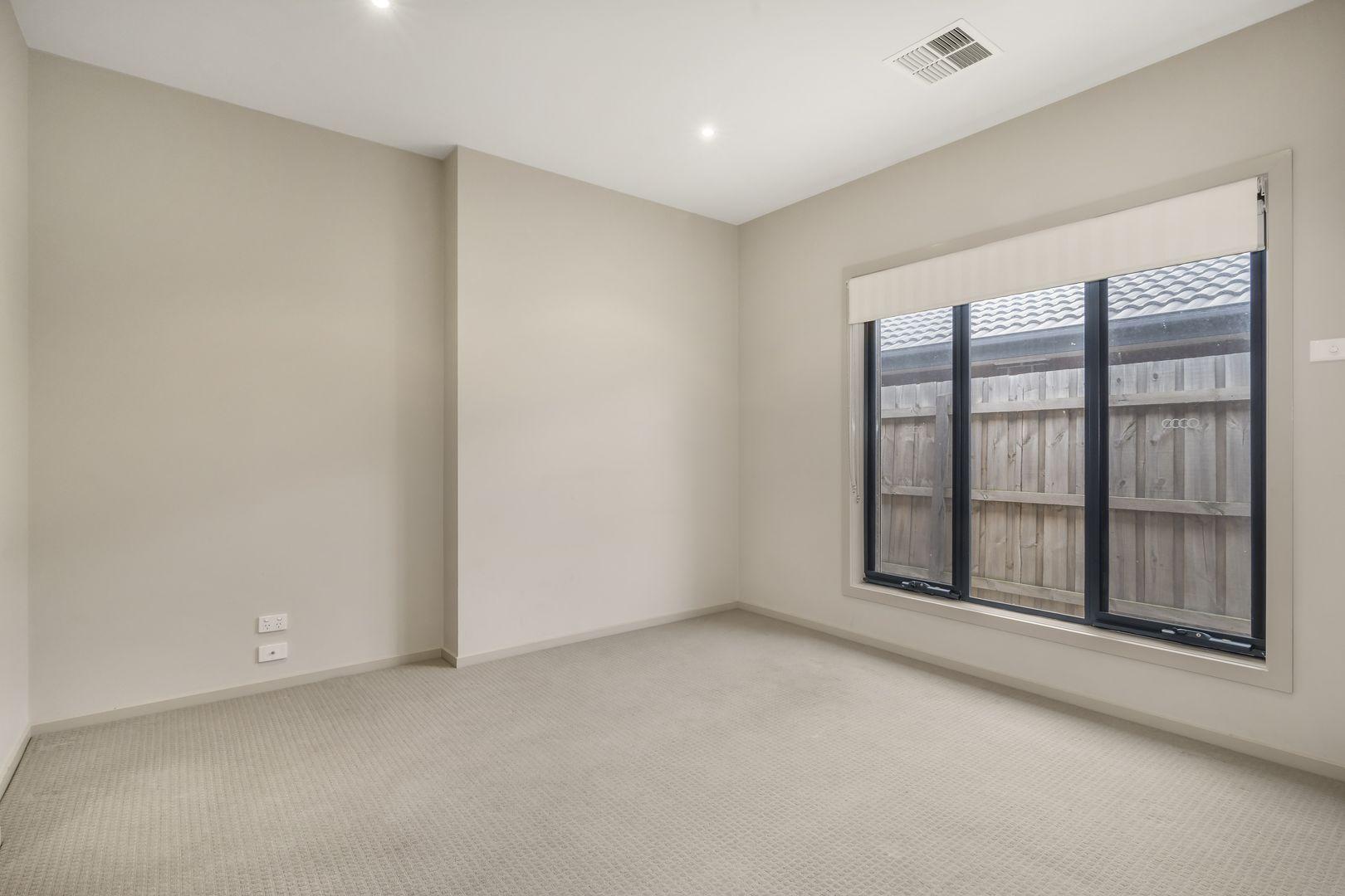 5 Browning Court, Watsonia North VIC 3087, Image 2