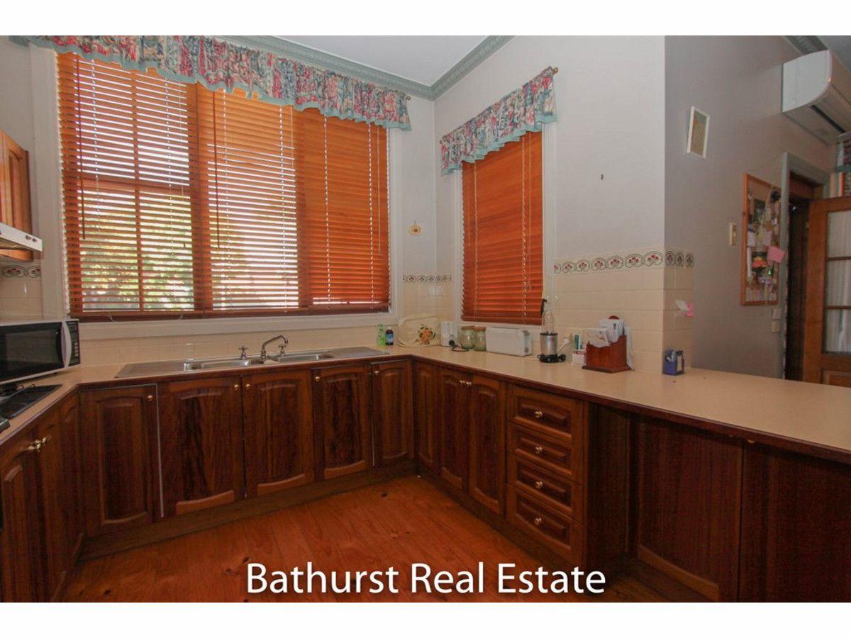 216 Rocket Street, Bathurst NSW 2795, Image 1