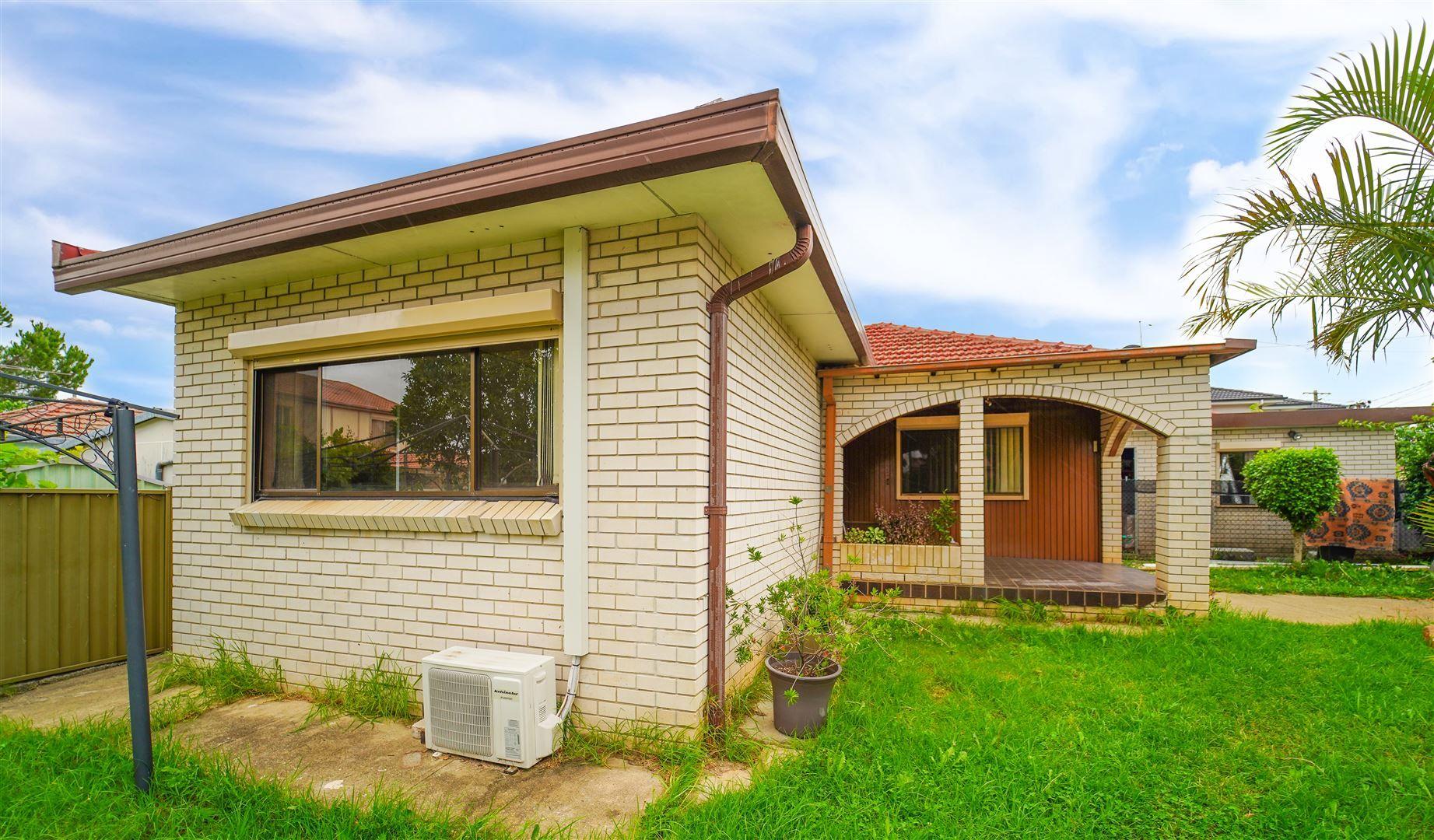 13 Coleraine Street, Fairfield NSW 2165, Image 0