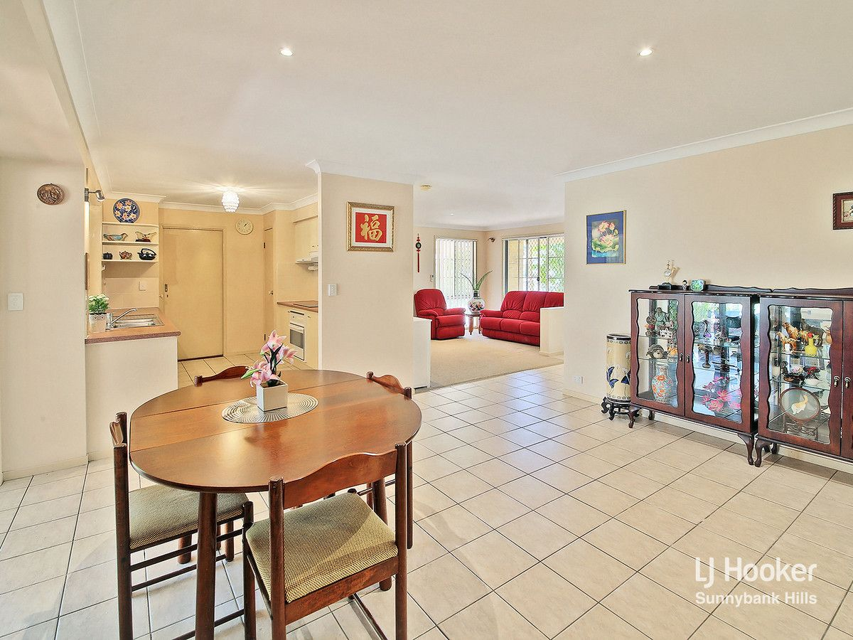 2 Parklane Close, Calamvale QLD 4116, Image 1