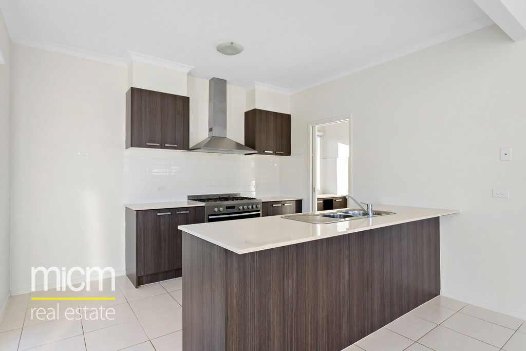 6 Stevenson Drive, Williams Landing VIC 3027, Image 2