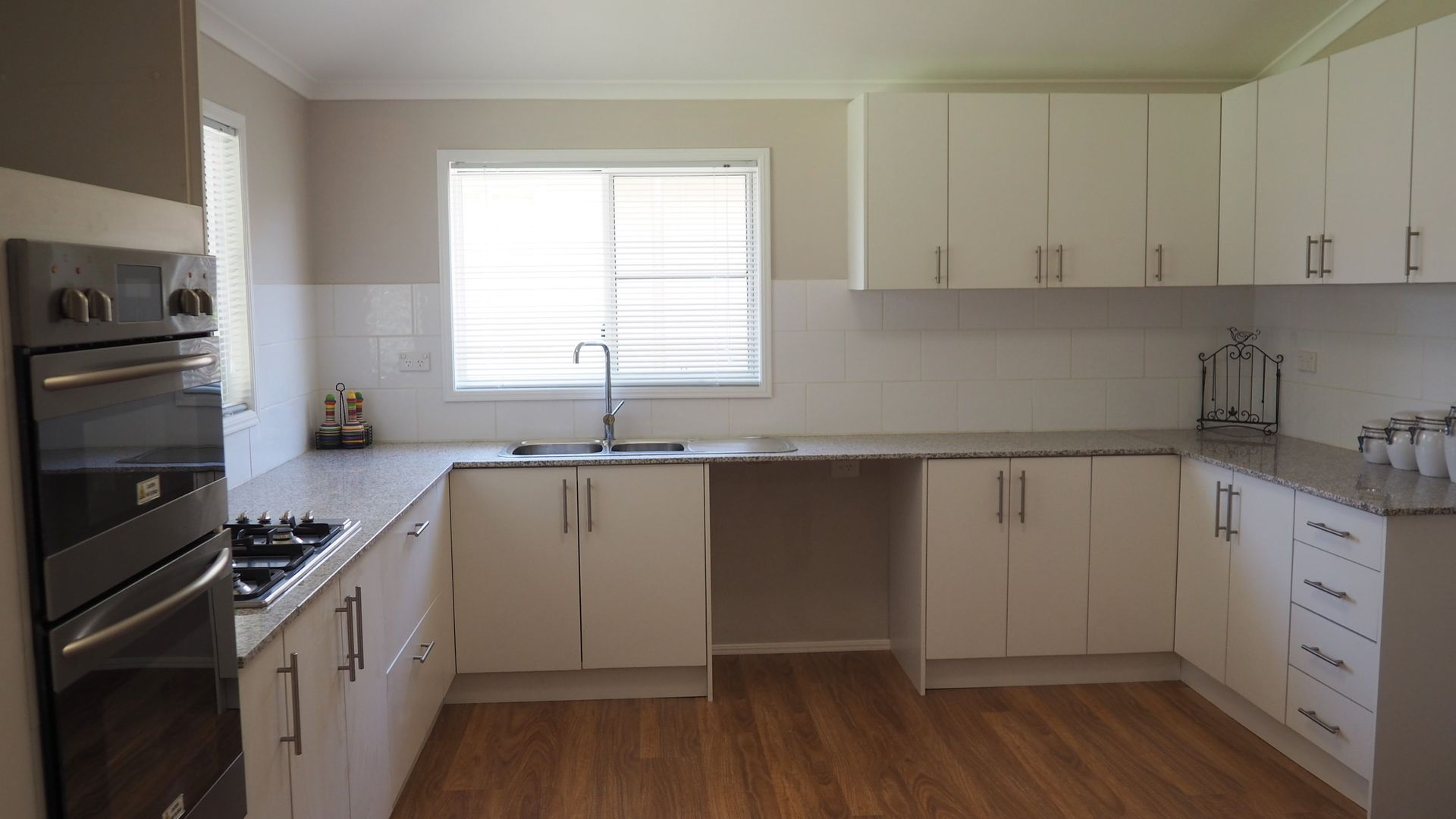 117 Emu Street, Longreach QLD 4730, Image 2