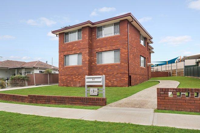 Picture of 1/46 Rowe Avenue, LURNEA NSW 2170