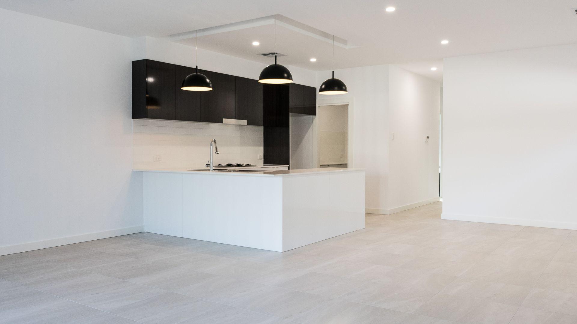 31 Australian Avenue, Clovelly Park SA 5042, Image 2