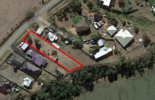 Picture of 429 Shark Point Road, Penna TAS 7171