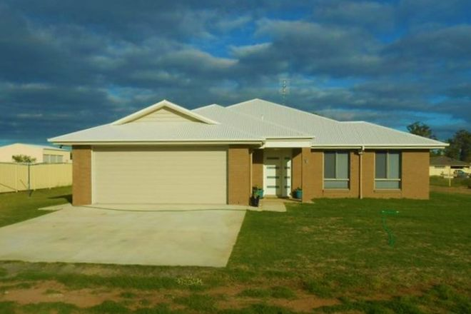 Picture of 16 Vowles Street, MILES QLD 4415