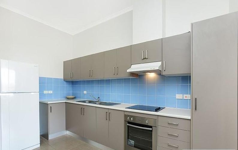 10/2 Grey Box Avenue, Noarlunga Centre SA 5168, Image 2