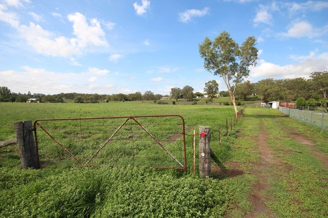 Picture of 85 River Road, BLANDFORD NSW 2338