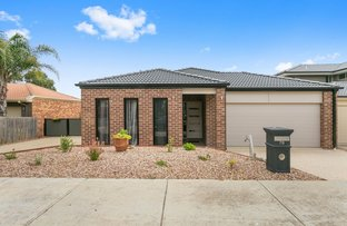 Picture of 76 Orama Avenue, Carrum Downs VIC 3201