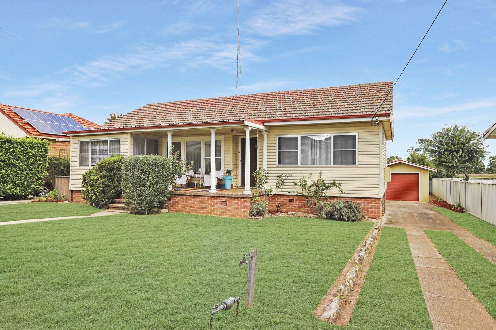 5 Renshaw Avenue, Singleton NSW 2330, Image 1