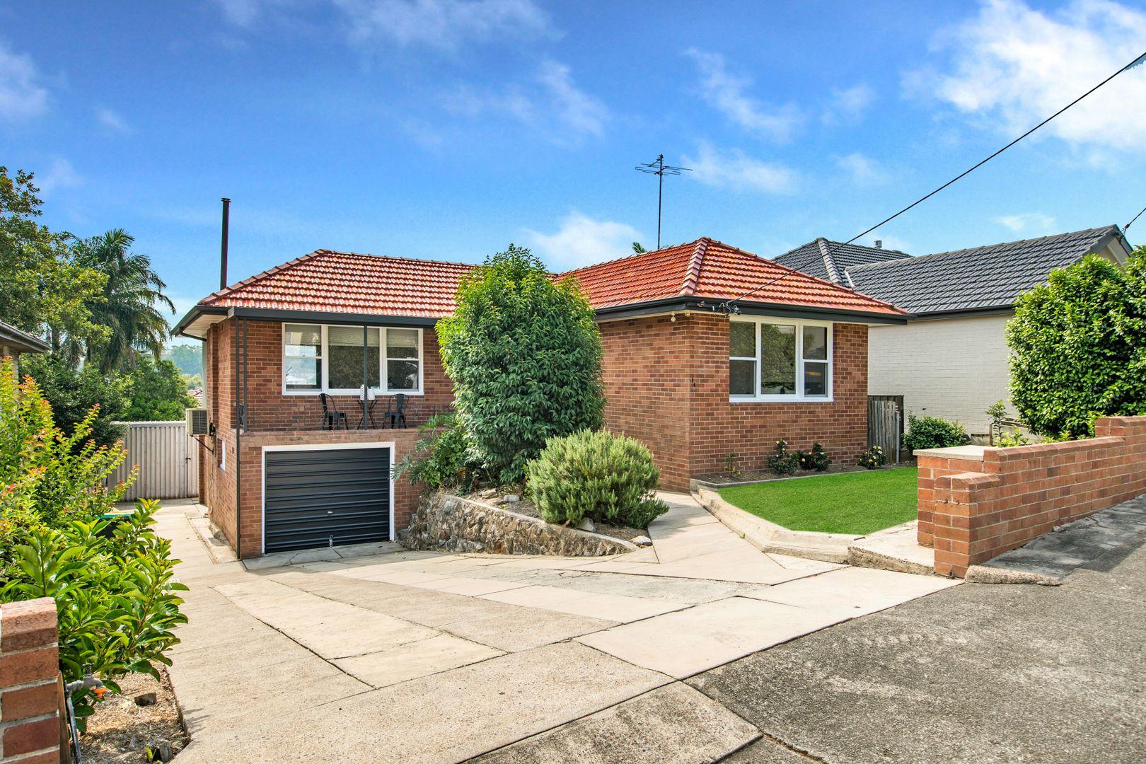 14 Claremont Avenue, Adamstown Heights NSW 2289, Image 0