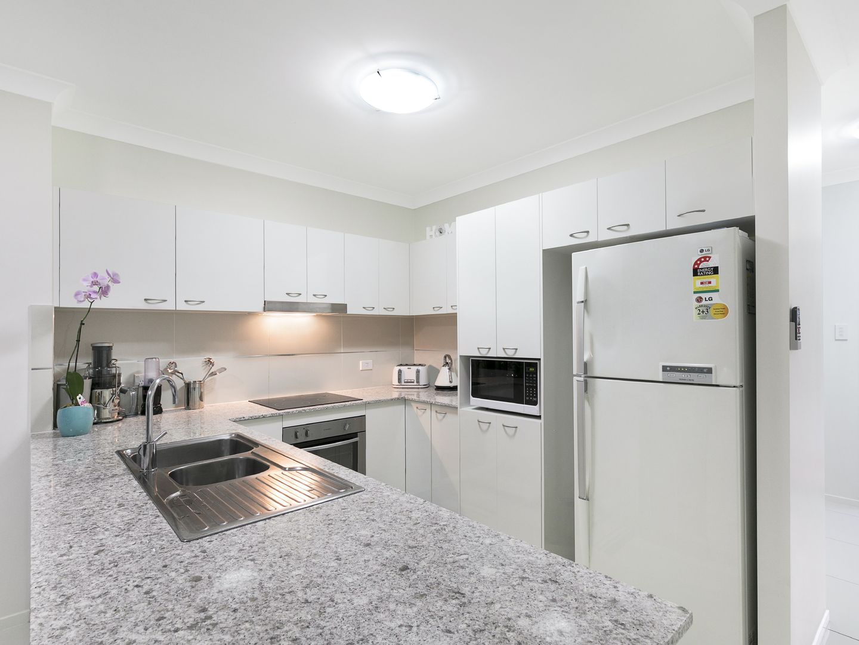 54/12 Singh Street, Wynnum West QLD 4178, Image 1