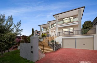 Picture of 13 Waltham Place, Avondale Heights VIC 3034
