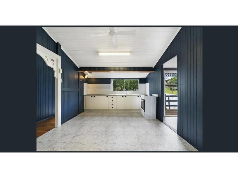15 Ethel St, Kilcoy QLD 4515, Image 2
