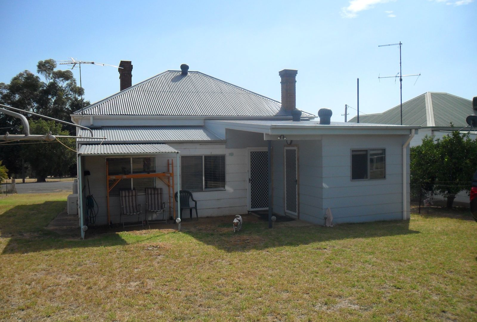 64 East, Harden NSW 2587, Image 1