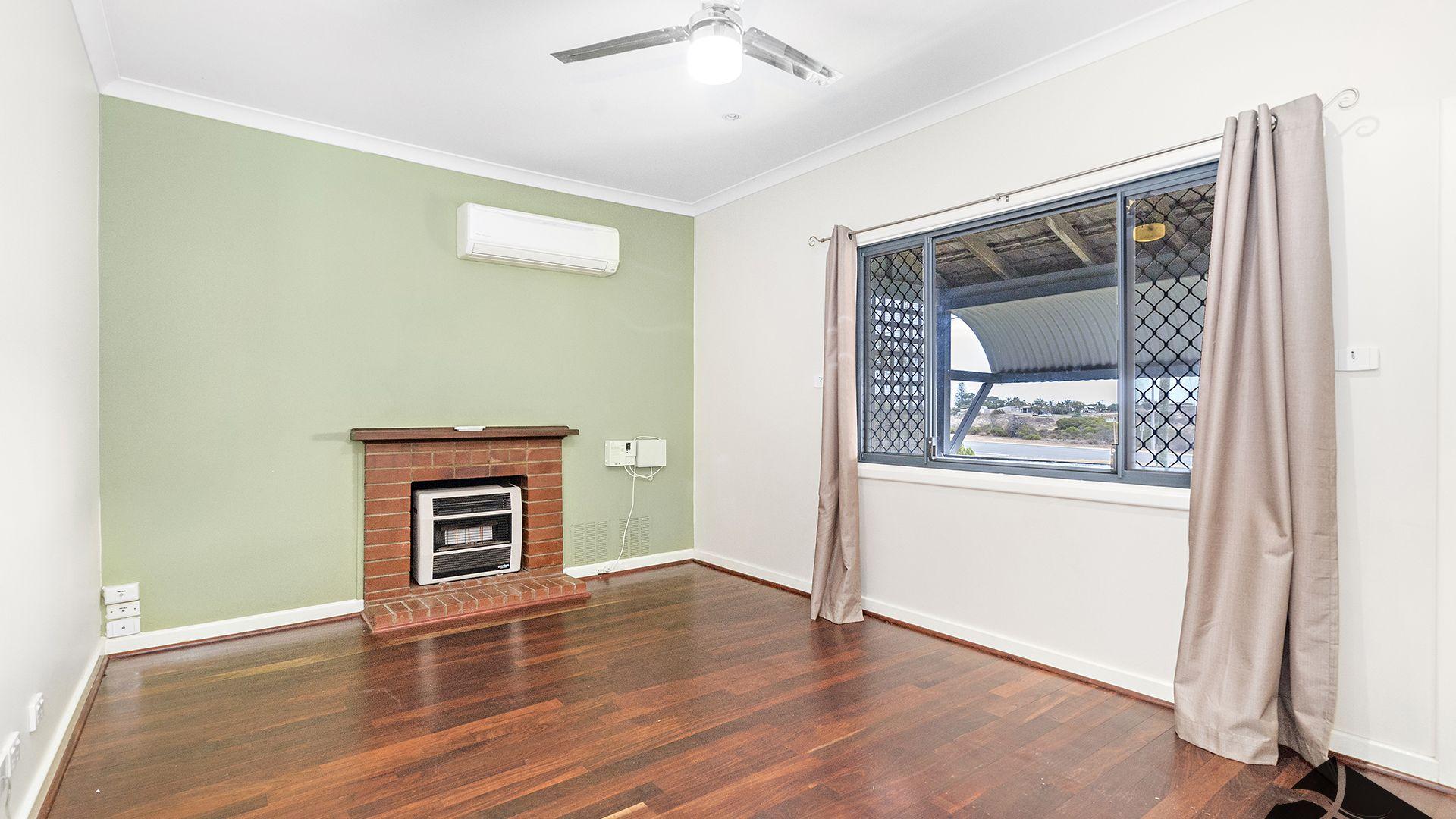 337 Banksia Street, Rangeway WA 6530, Image 1