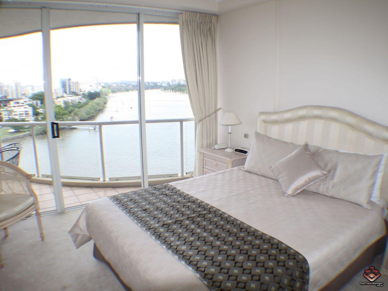 ID:3904588/32 Macrossan Street, Brisbane City QLD 4000, Image 2