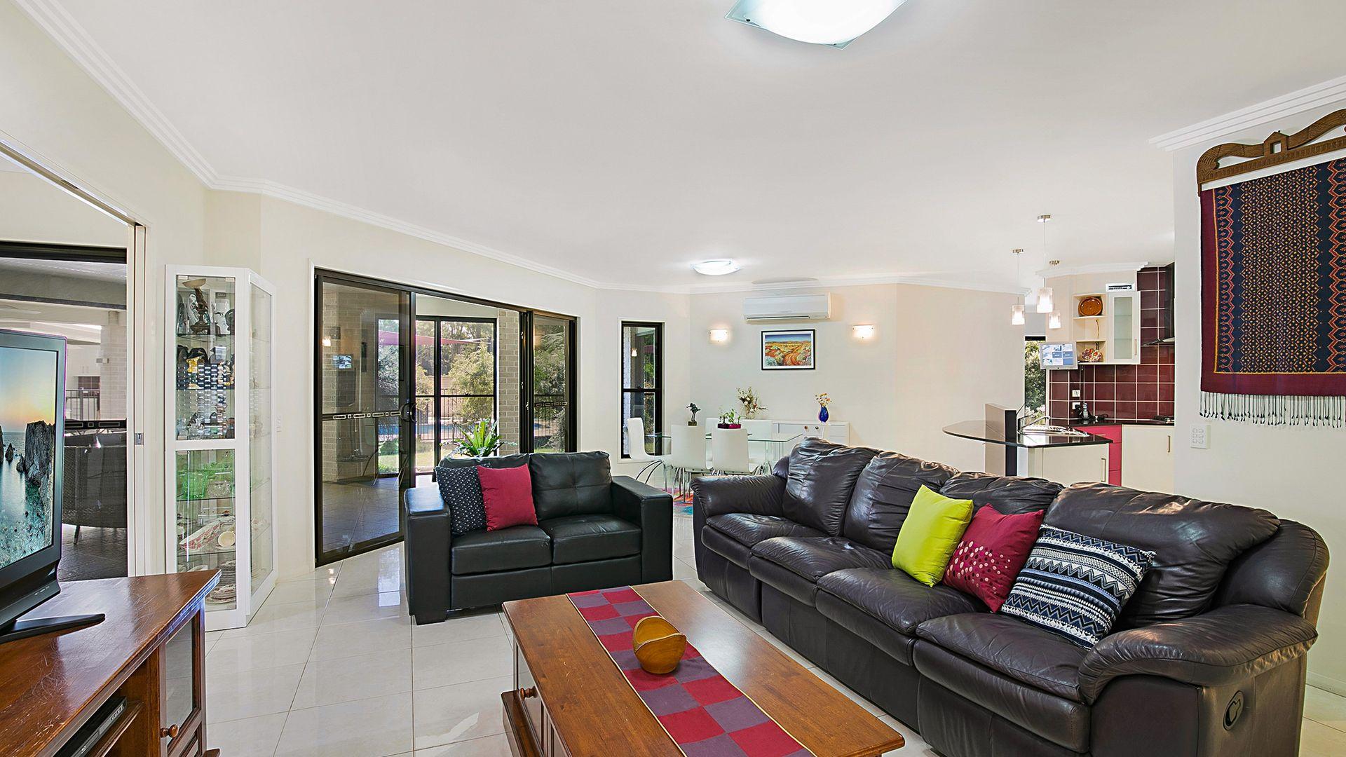 39 Highfields Road, Highfields QLD 4352, Image 2