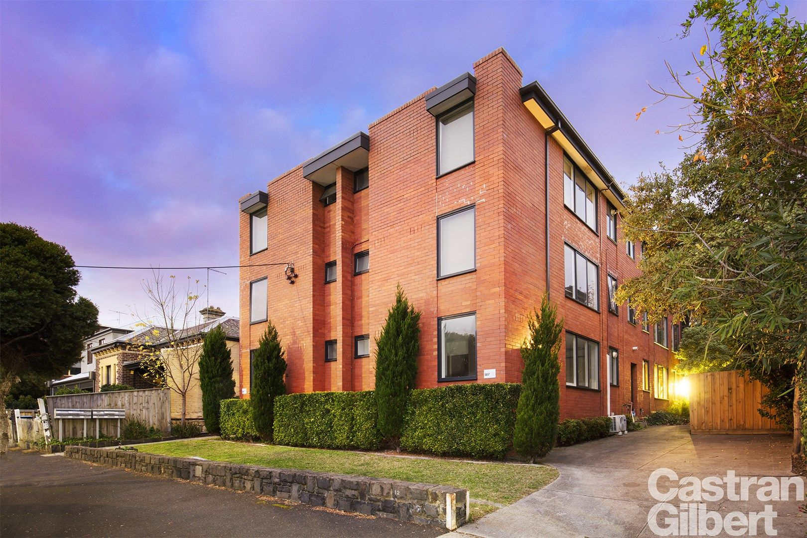 9/12 Normanby Street, Windsor VIC 3181, Image 0