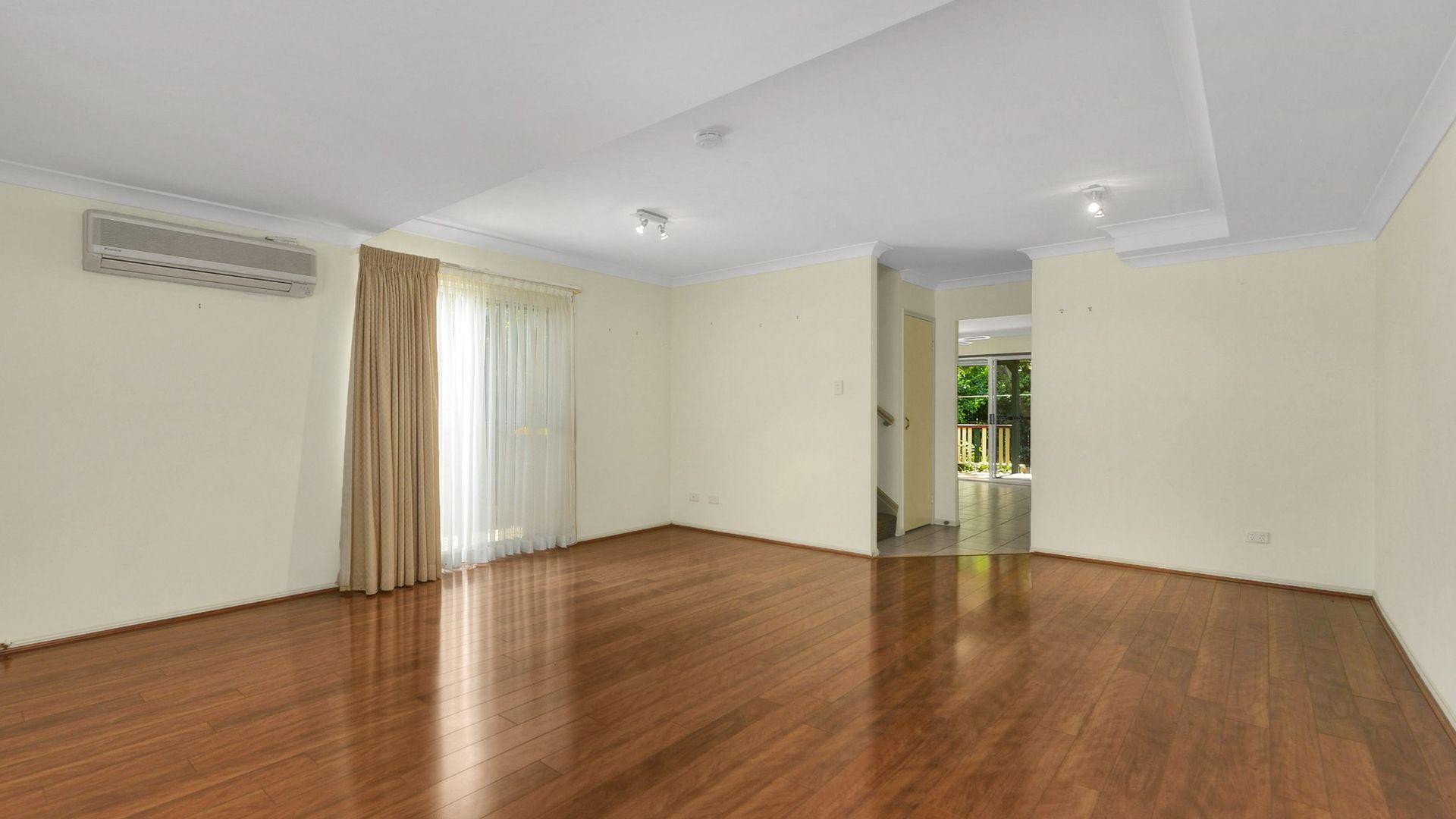 1/55 Smallman Street, Bulimba QLD 4171, Image 1