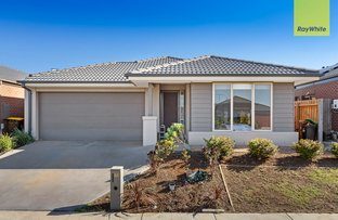 Picture of 48 Toolern Waters Drive, Melton South VIC 3338