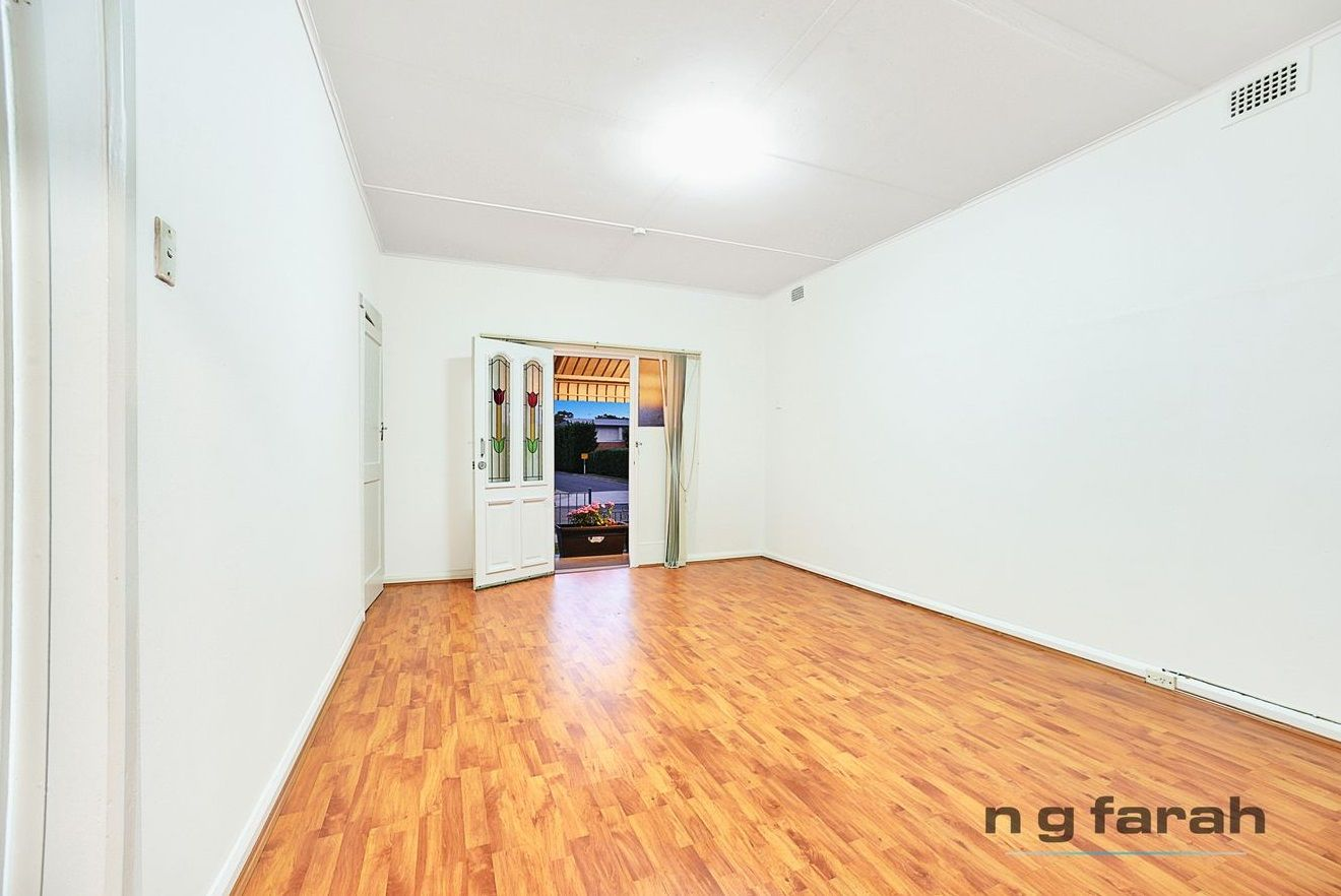 22 Linden Street, Mascot NSW 2020, Image 2