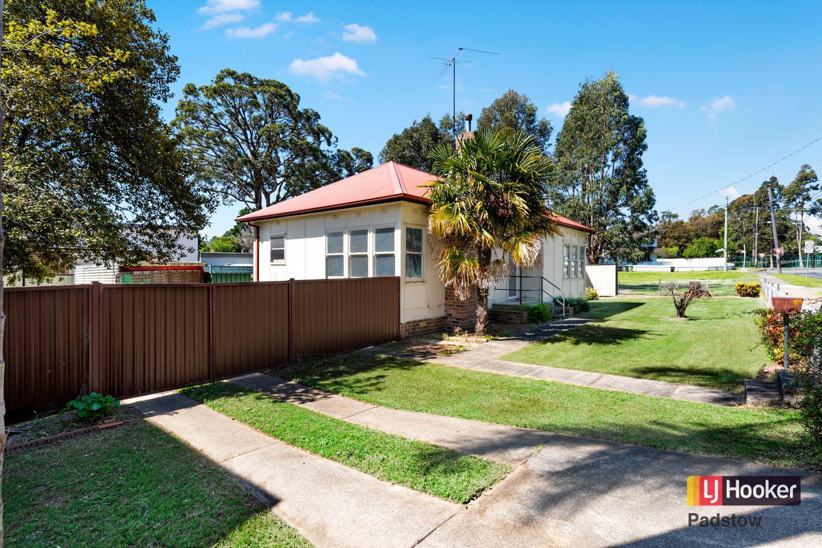 2 Enright Street, East Hills NSW 2213, Image 0
