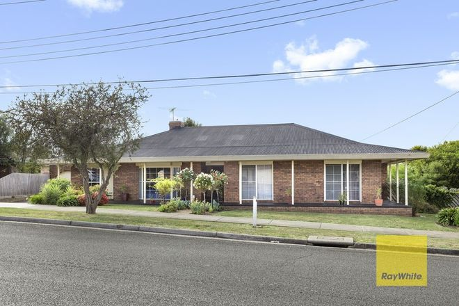 Picture of 1 Southdown Crescent, BELMONT VIC 3216