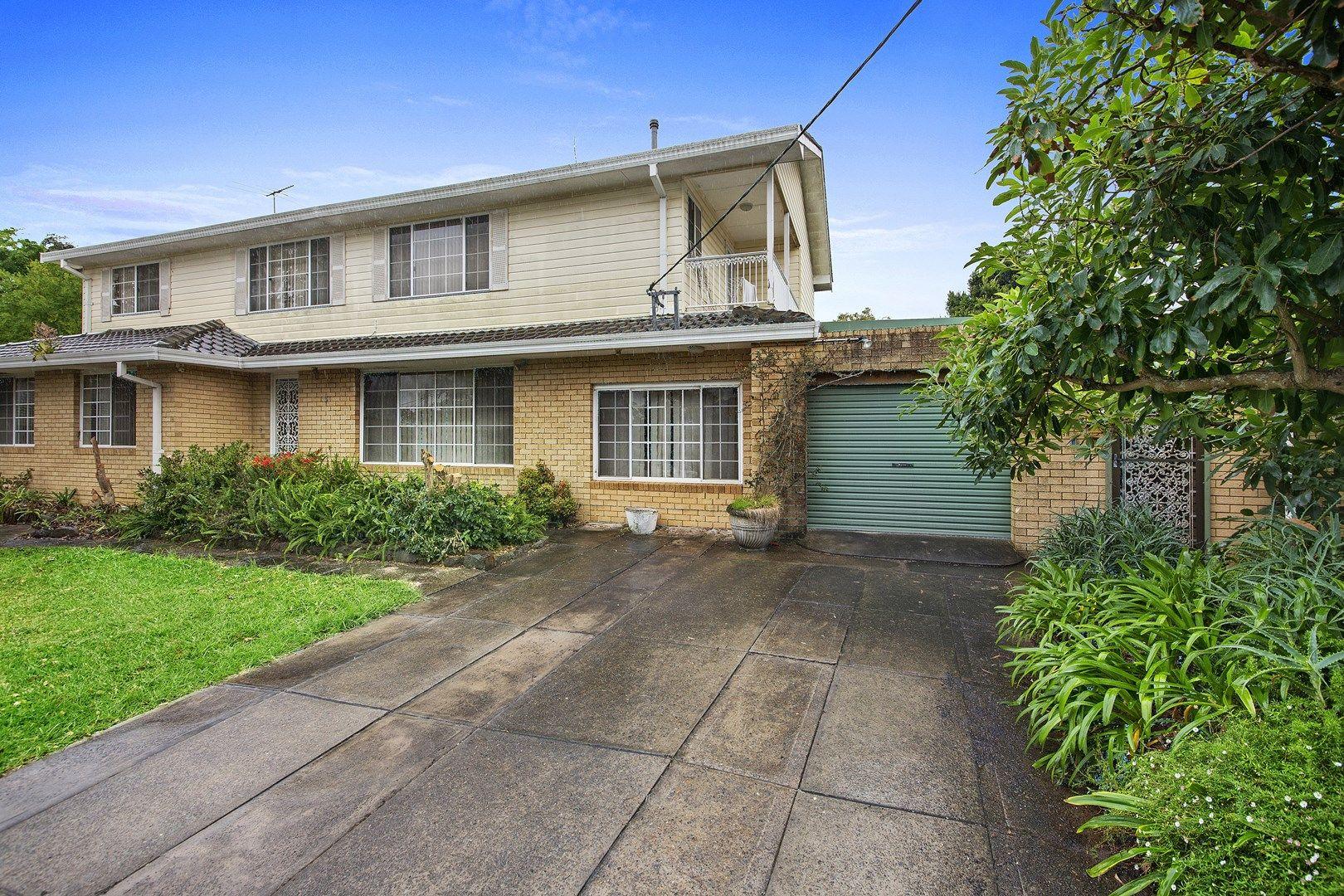 3 Deakin Place, Kirrawee NSW 2232, Image 0