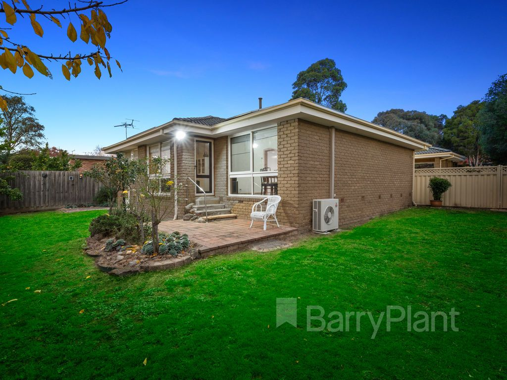 88 Wallace Road, Wantirna South VIC 3152, Image 0