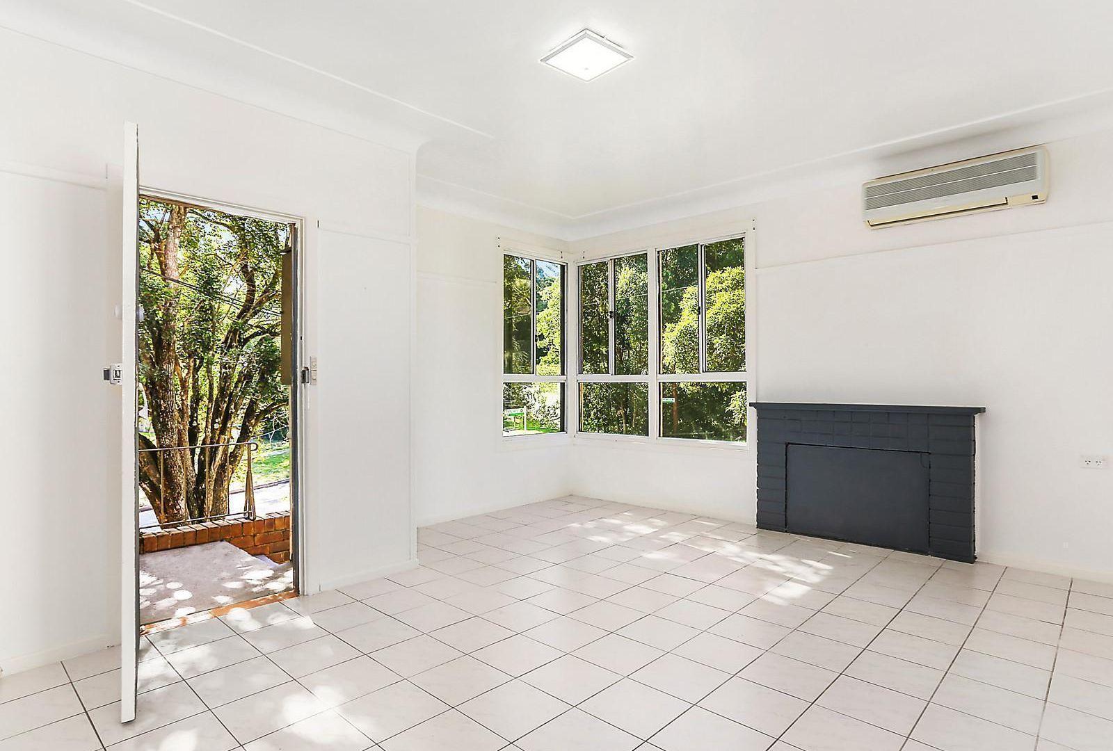 19 Pearce Avenue, Peakhurst NSW 2210, Image 2