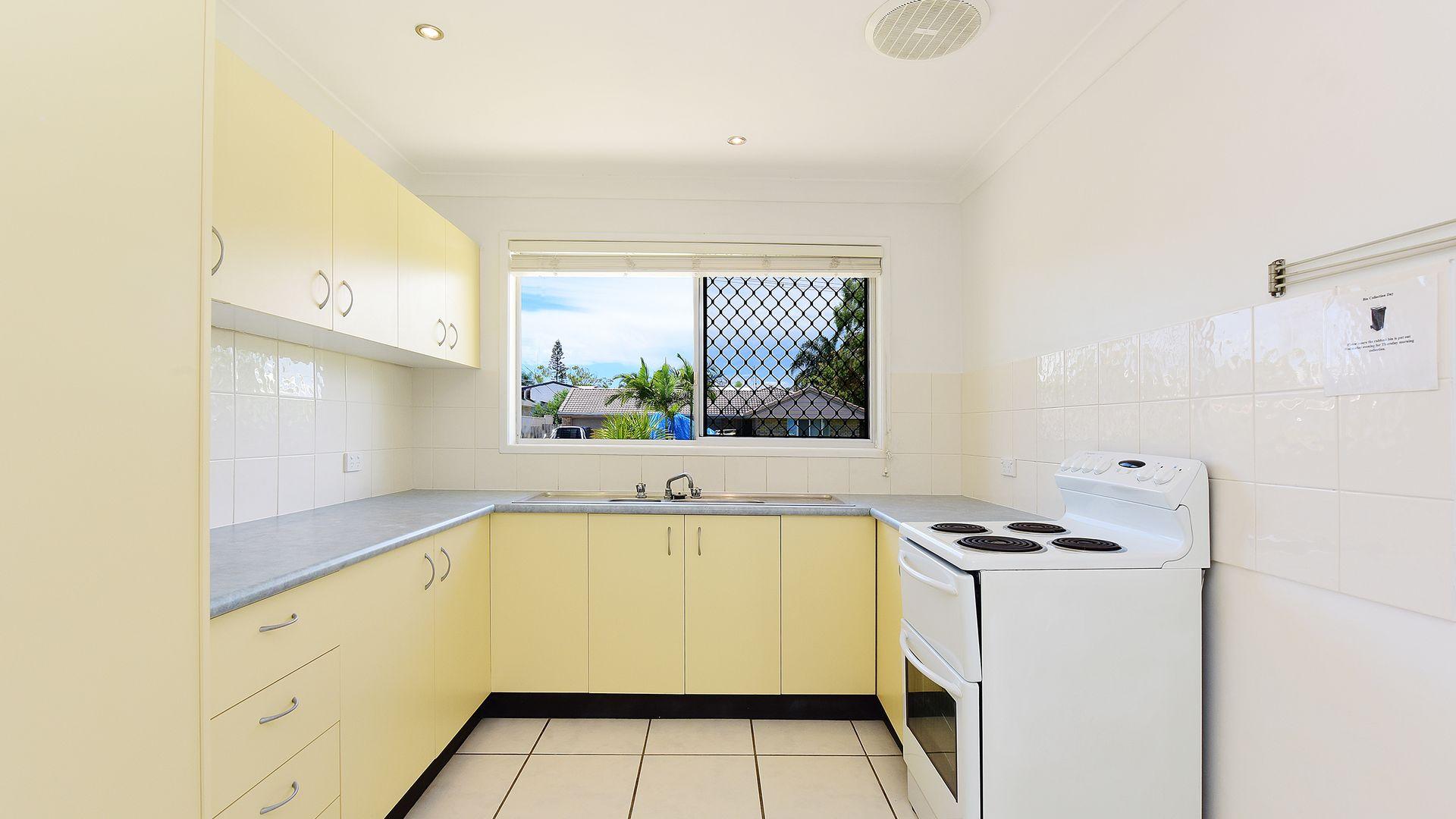 2 Sutherland Street, Dicky Beach QLD 4551, Image 2
