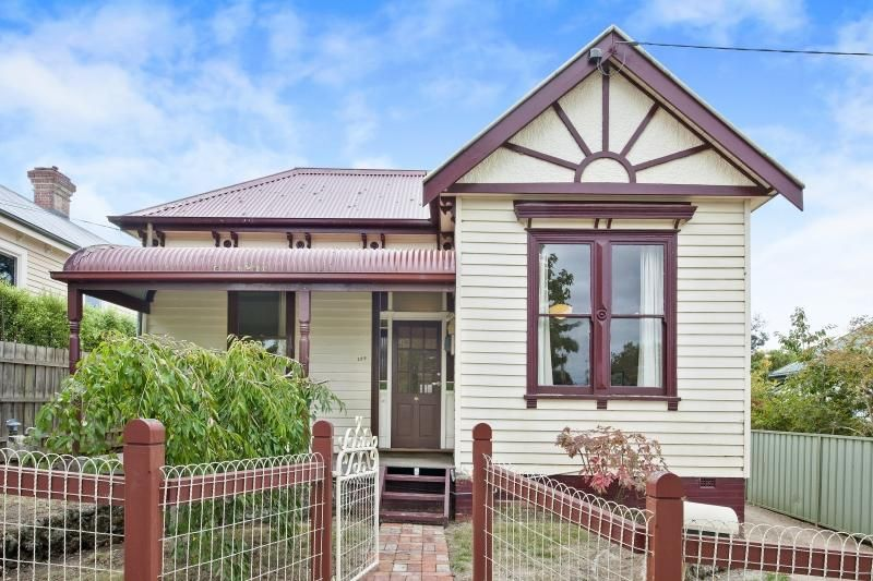 209 Chisholm Street, Soldiers Hill VIC 3350, Image 0