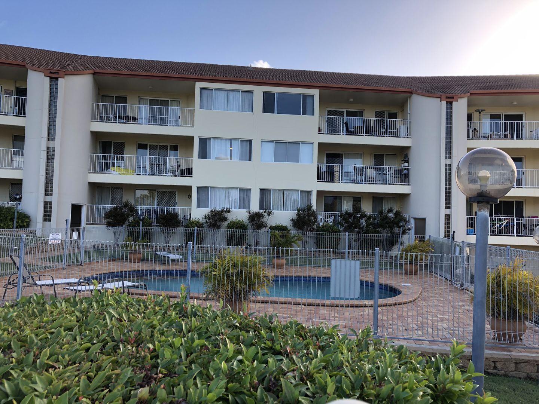 Unit 2/13-15 Pulgul Street, Urangan QLD 4655, Image 0