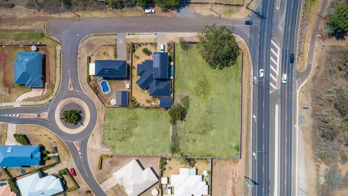 2 Weale Street, Mount Kynoch QLD 4350, Image 1