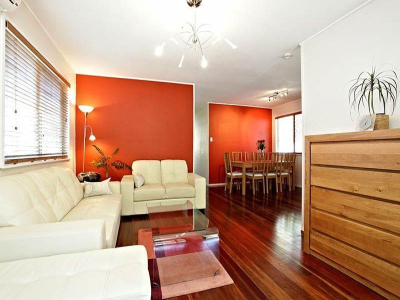 66 Dobbs st, Holland Park West QLD 4121, Image 1