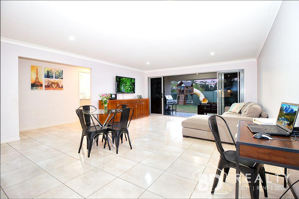 17 Regal Crescent, Narangba QLD 4504, Image 2
