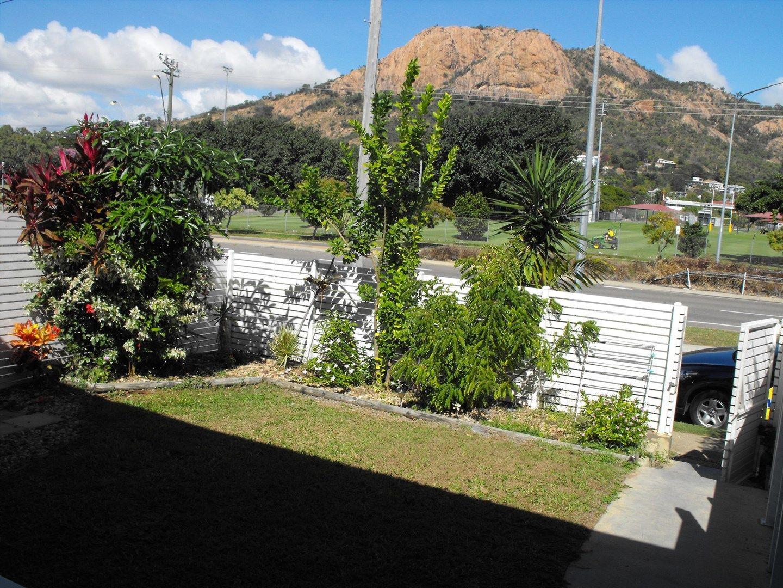 1/5 Cook Street, North Ward QLD 4810, Image 0