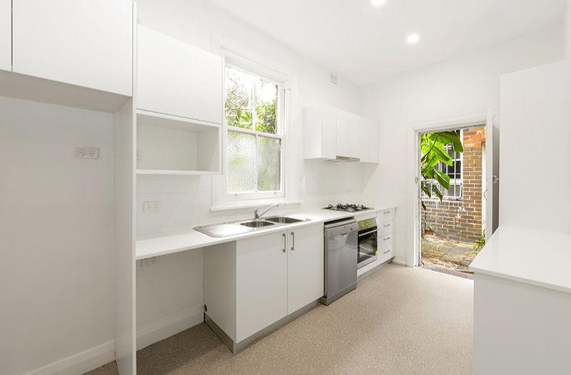 Unit 2/27A Hall St, Bondi Beach NSW 2026, Image 0
