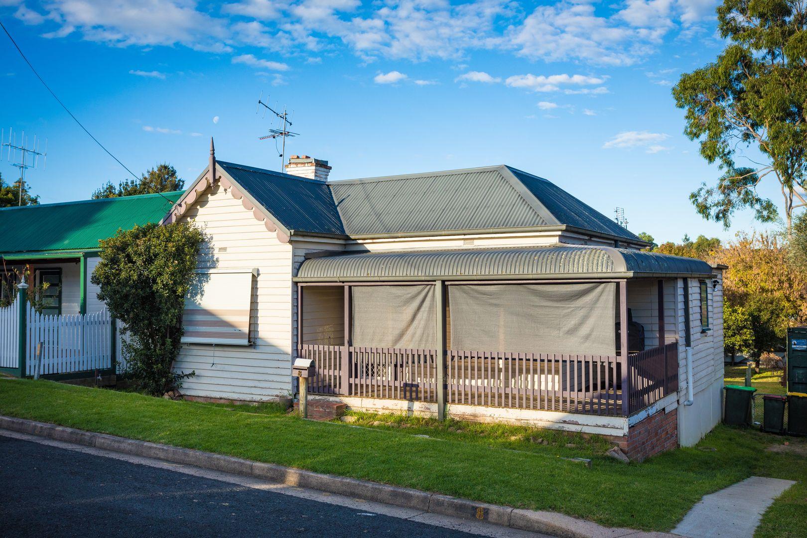 8 Gordon Street, Bega NSW 2550, Image 0
