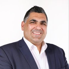 Sam Tsiaousis, Director | Licensed Real Estate Agent